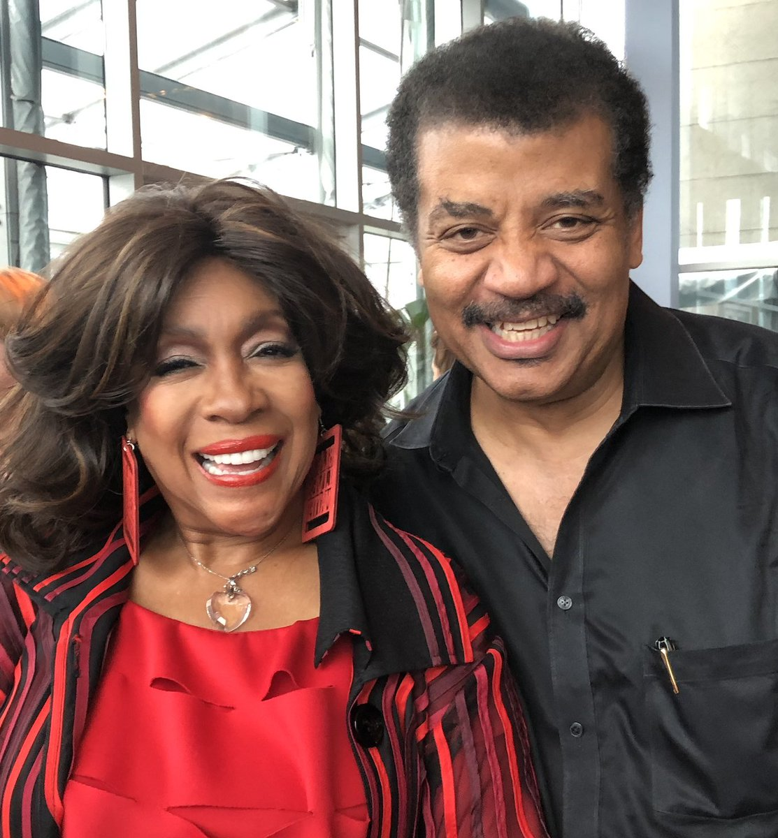 Founding member of MOTOWN's Supremes, whose songs lifted so many of us up, in an era when we were reaching for a voice of our own in an unwelcoming world.  Mary Wilson, RIP (1944-2021)