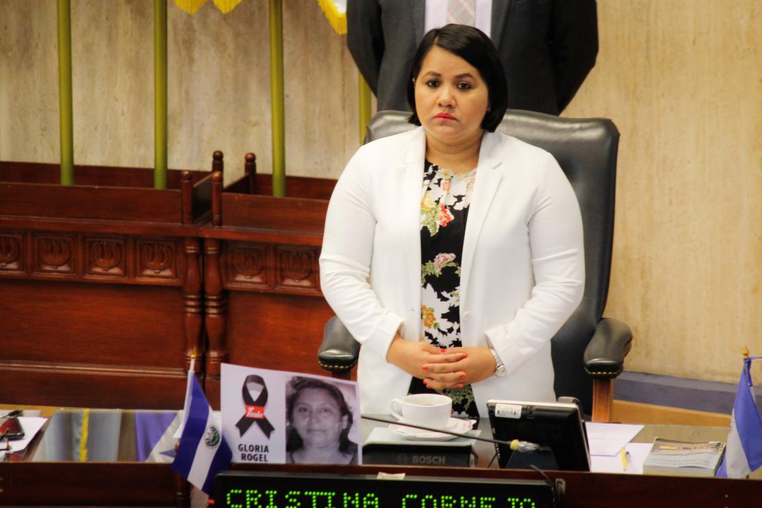 Posible destitución de Bukele no es iniciativa del FMLN