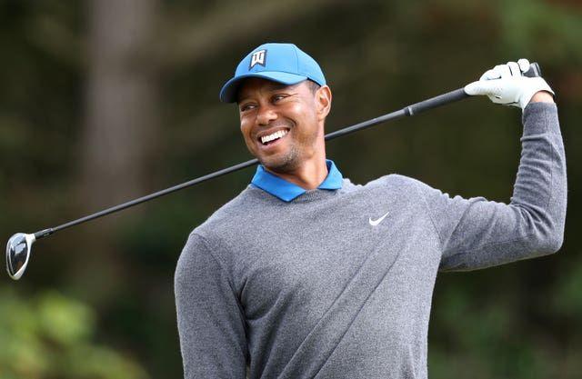 Tiger Woods 'awake' and 'responsive' after surgery on car crash leg injuries | Press and Journal buff.ly/2P25woV
