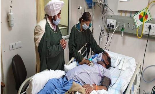 Sardool Sikander Death: Legendary Punjabi singer Sardool Sikander on Wednesday passed away at Fortis hospital.