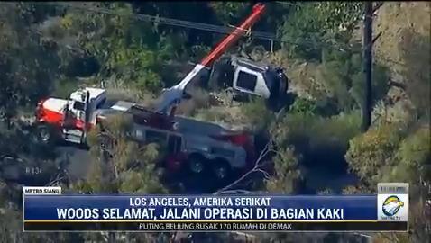 Pegolf dunia Tiger Woods mengalami kecelakaan tunggal di Los Angeles. Mobil SUV yang dikendarainya terguling masuk ke jurang. #MetroSiang #KnowledgeToElevate