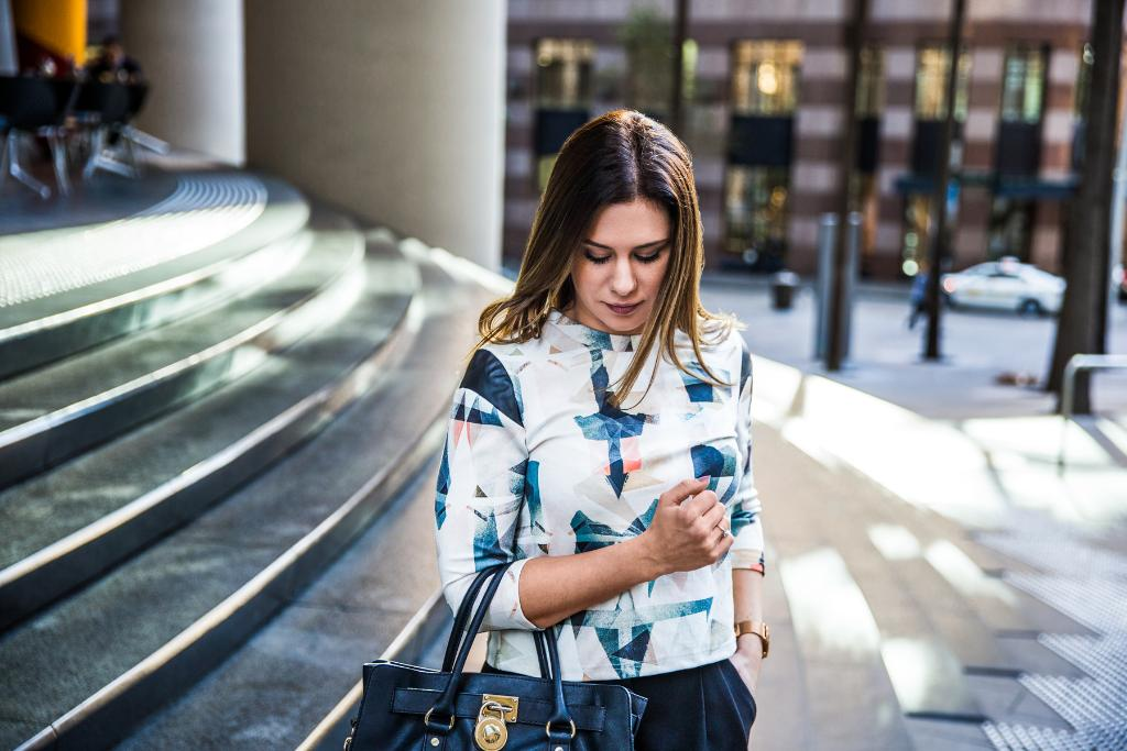 El Programa Talento Digital que impulsamos con @eoi para mujeres desempleadas sigue recibiendo inscripciones hasta el 28/02. Aprovecha a esta #FormaciónGratuita en competencias digitales y dale una nueva perspectiva a tu currículum 💪 👩💻   #Digitaliza