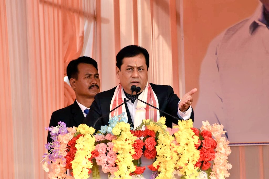 CM Shri @sarbanandsonwal addressed a public meeting after launching several developmental projects in Biswanath. Minister Shri Ranjit Dutta, MP Shri @pallablochandas, MLA Shri Promod Borthakur and other dignitaries were present.