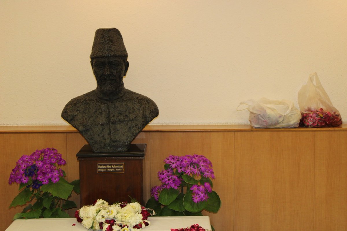#ICCR officers paid tribute to Maulana Abul Kalam Azad, Founder of ICCR, on his death anniversary at ICCR Delhi, Azad Bhawan.
