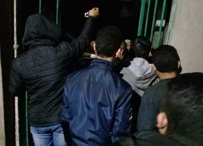 بالصور شقيق النائب السابق ونسيب الحالي.. الآلاف في وداع ياسين عجلان برشيد للمزيد