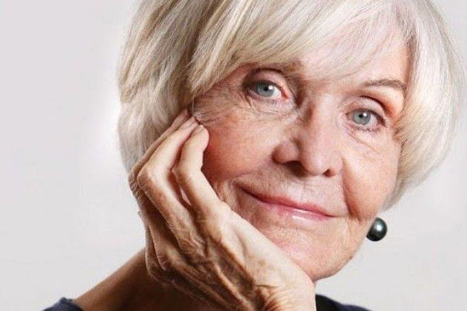 Happy birthday to British theatre legend Sheila Hancock!