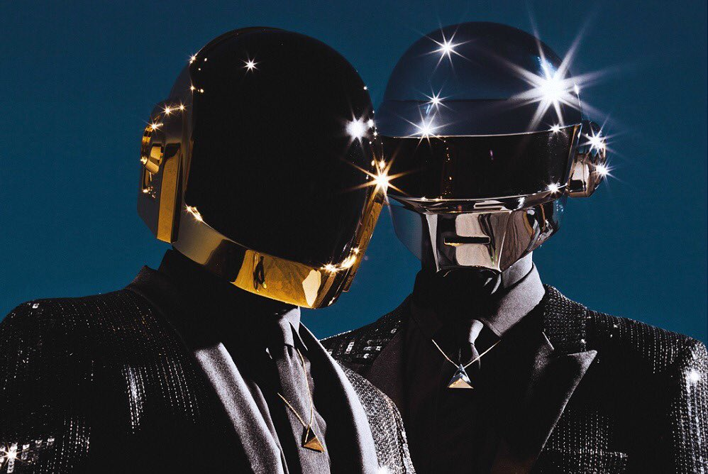 Daft Punk give us the helmets and we'll continue the legacy! 👍🏻