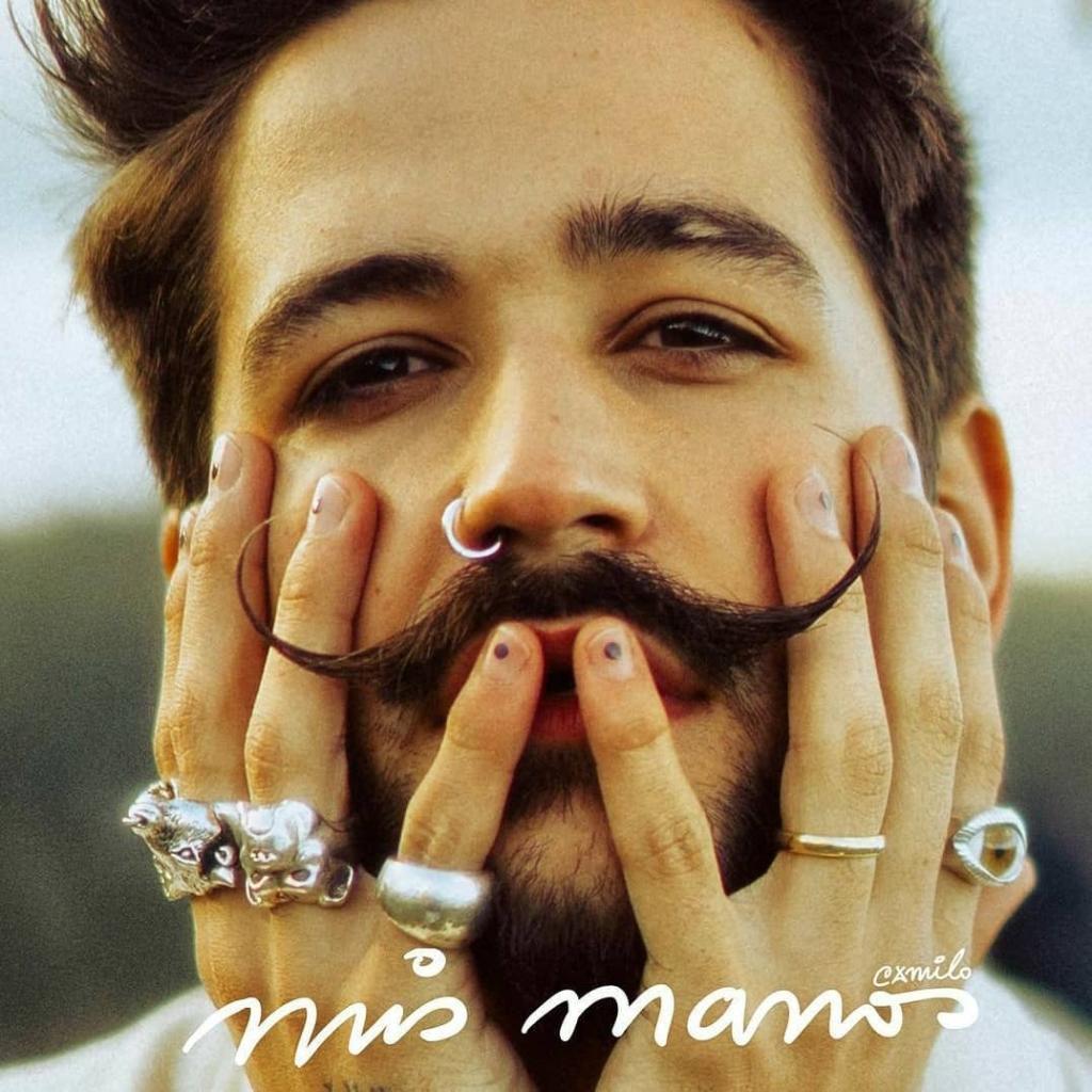 .@CamiloMusica no deja de sorprendernos. El artista confirmó que este 5 de marzo lanzará un nuevo álbum: #MisManos 👏  👏 👏