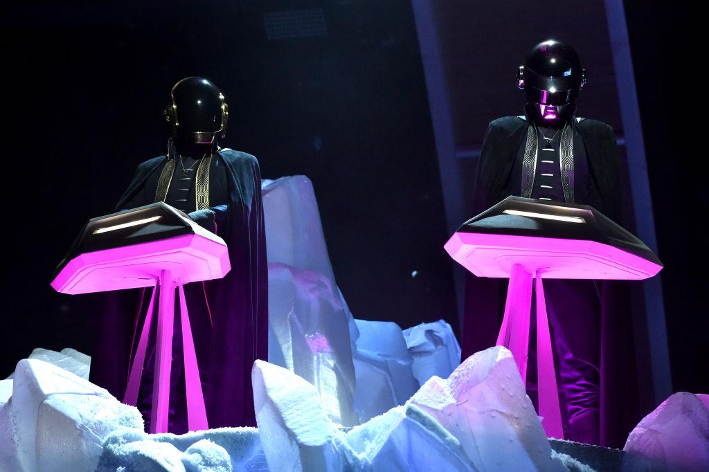 """Con la publicación de un singular video llamado """"Epilogue"""", el dúo Daft Punk anunció su separación luego de casi 30 años."""