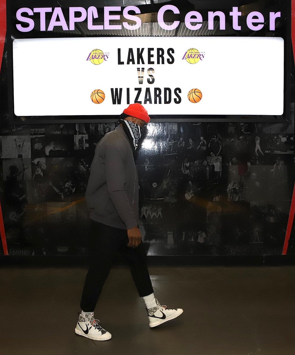 LeBron James arrives for NBA TV action in the READYMADE Nike Blazer Mid!  #NBAKicks #LakeShow