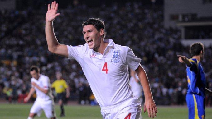 Wishing a very happy birthday to former midfielder Gareth Barry!