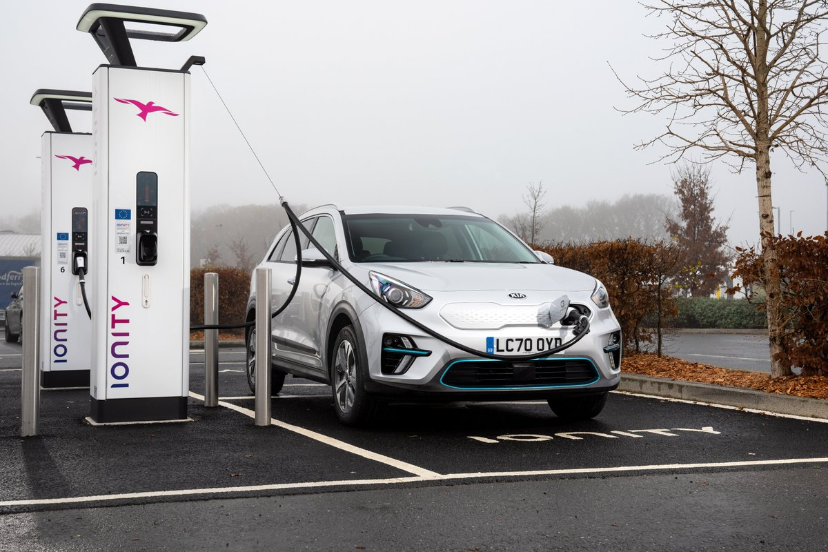 Today, Kia has launched 'KiaCharge', a UK-wide integrated public charging service. Allowing users access to more that 13,900 charging points all from one account - the service provides more comprehensive access to the UK charging network than any equivalent service! https://t.co/dXbk1Qoa1w