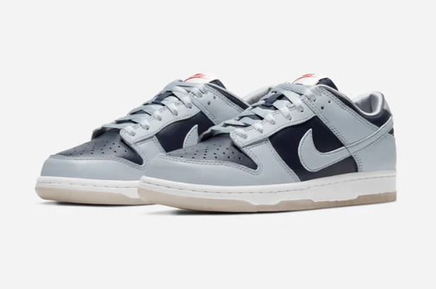 Overkill online raffle live for the Women's Nike Dunk Low