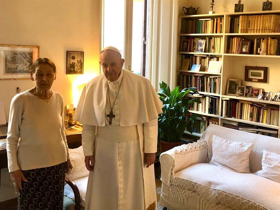 Edith Bruck, la superviviente del Holocausto que el papa visitó en su casa  #ImpactoLatino #PapaFrancisco #EdithBruck #Holocausto