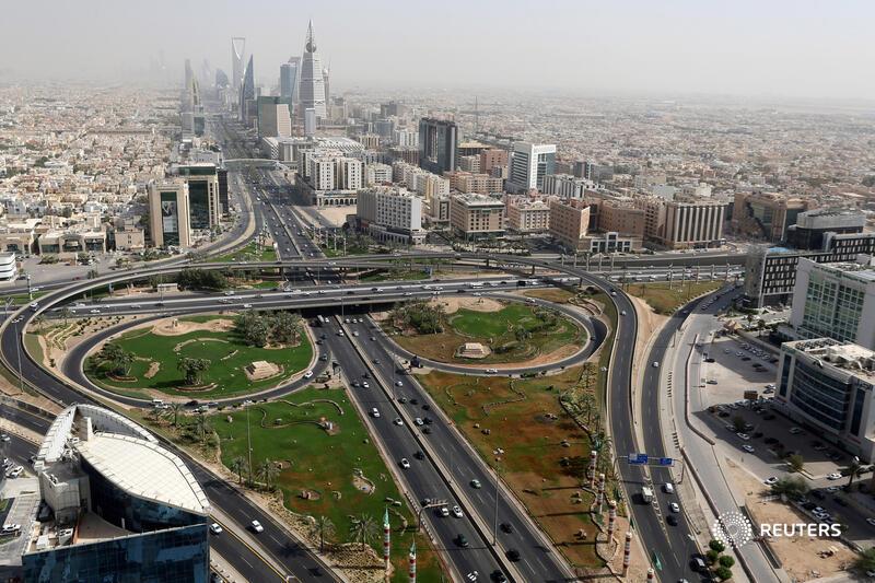 Saudi's HQ edict puts global banks in awkward spot https://t.co/2aZJNmixy5 @gfhay https://t.co/Nv4x2mopIf