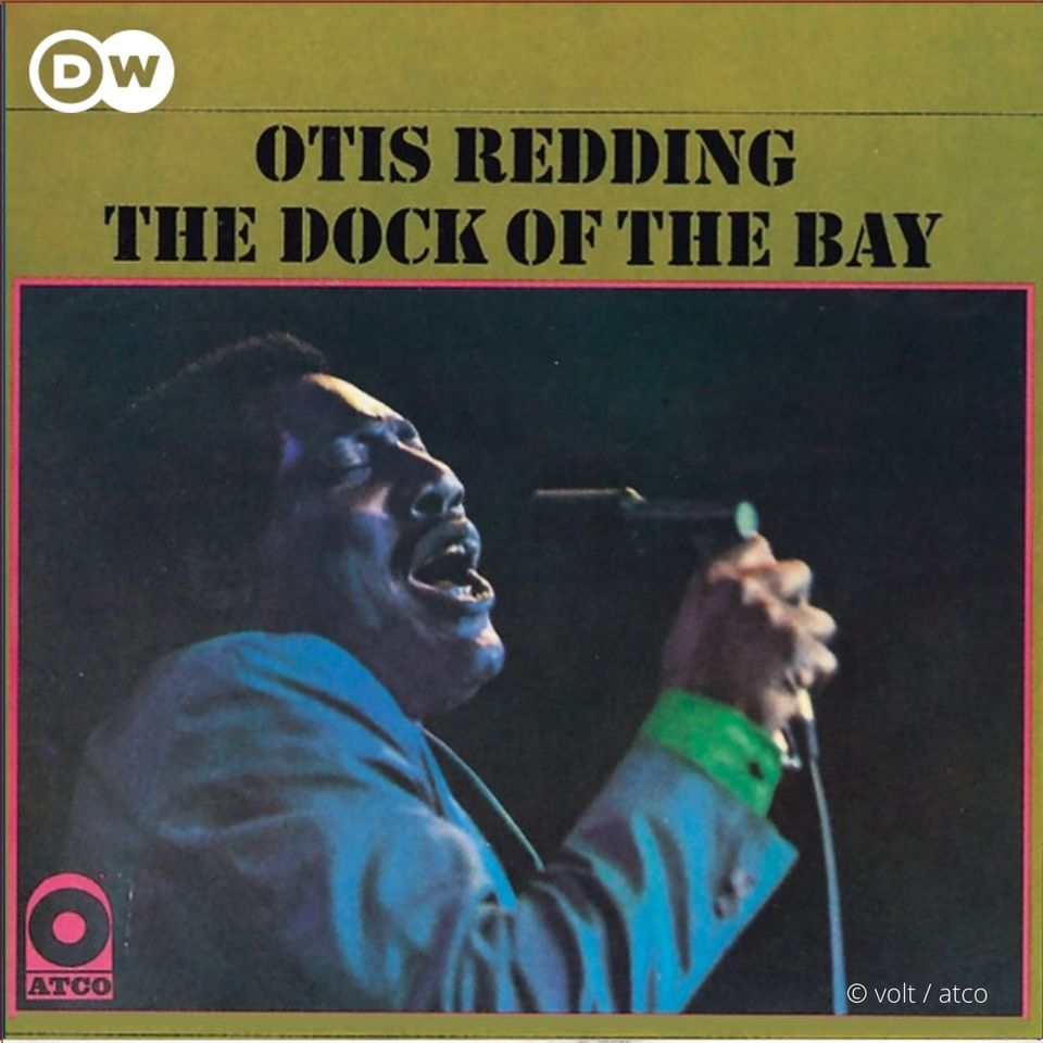 The album 'Dock of the Bay' by #OtisRedding was released on this day in 1968, just three months after the singer's death. The title track '(Sittin' on) The Dock of the Bay' was the first ever posthumous number one hit single in the US. #IconicAlbumCovers