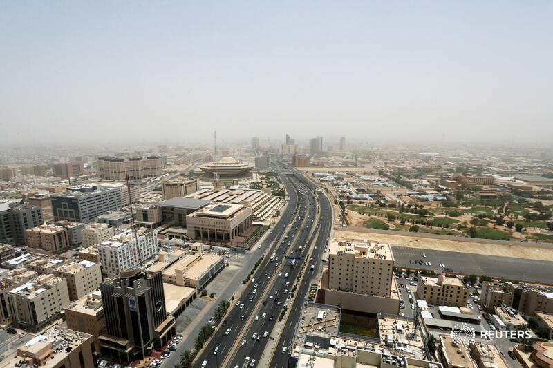 Saudi Arabia has ruffled feathers with plans to withhold state contracts from groups that don't base their Middle East headquarters in Riyadh. The rule may not apply to all sectors, but bankers face a tricky call, writes @gfhay: https://t.co/2aZJNmixy5 https://t.co/hZP9QqjGCy