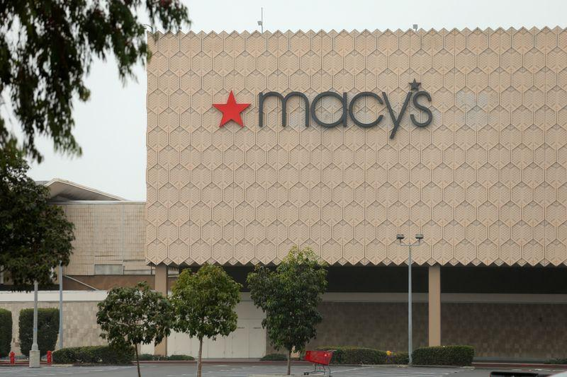 Macy's forecasts upbeat 2021 sales https://t.co/lCyiovcT4q https://t.co/H1FkoCA6mY