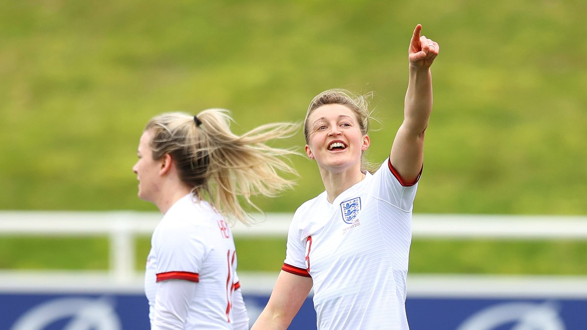 So far, so good for our @Lionesses who lead 3-0 against Northern Ireland.  A brace from @ellsbells89 and one for @LucyBronze the difference at the break 👊