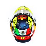 ¿Qué les parece mi nuevo casco?  Thoughts on my new helmet? #RedBull #ChargeOn #CantWait