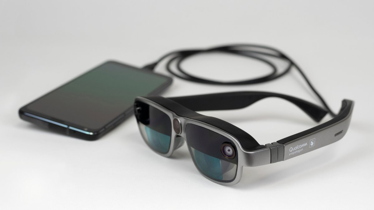 RT @Gizmodo: Qualcomm's New AR Headset Design Might Make Smart Glasses More of a Thing