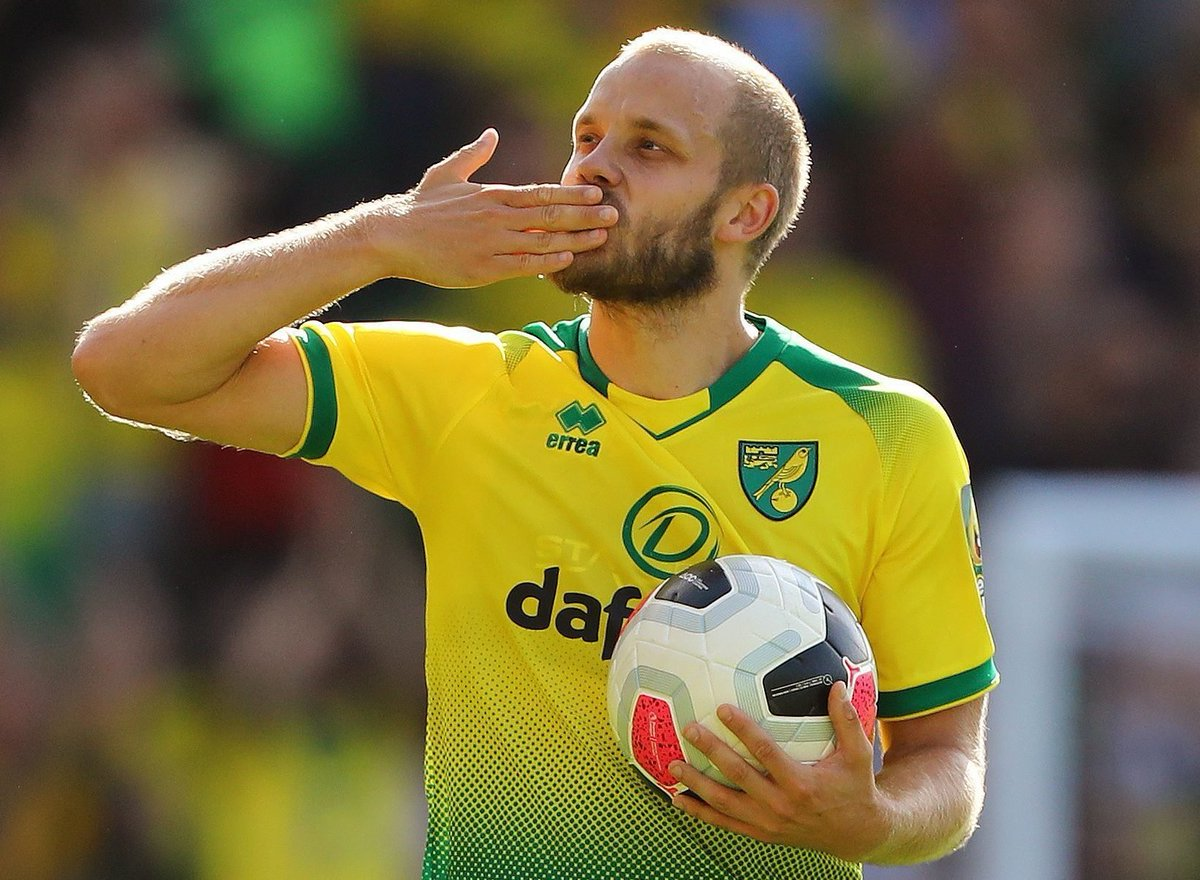Teemu Pukki in the Championship this season: 👤 28 Games ⚽ 16 Goals Back in his best form 🇫🇮 #NCFC