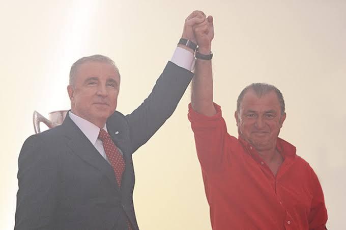 Kadıköy'de şampiyon olan erkek kombinleri. https://t.co/PAKuudigSB