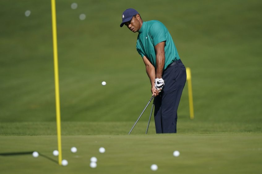 Tiger Woods injured in one-vehicle accident, according to reports dlvr.it/RtKxLM