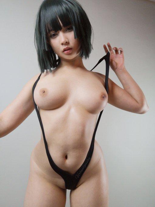 2 pic. Fubuki Slingkini version 🖤  See below for more 🖤 https://t.co/O4ZDRfov7a