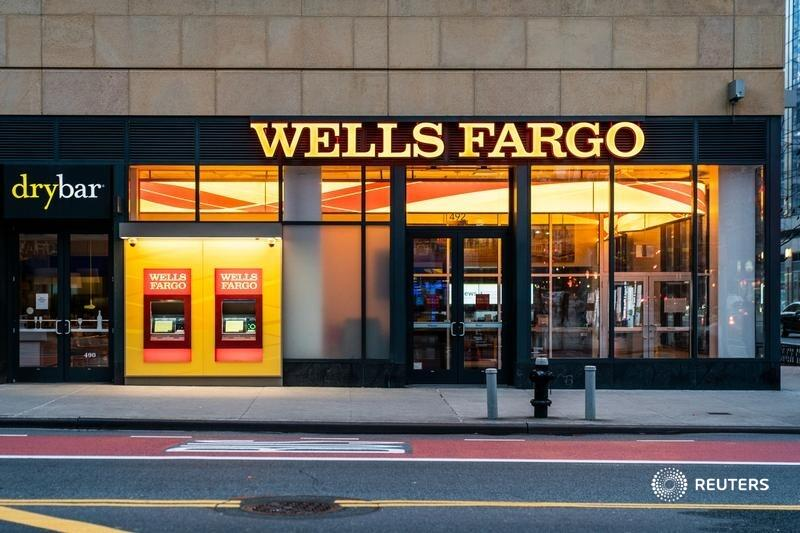 The $2.1 billion sale of Wells Fargo's asset management unit shows the lumbering lender, still clawing its way back from a giant fake-accounts scandal, is at least moving forwards, says @johnsfoley. Get the latest pandemic-related insights. https://t.co/YVKWupZaPh https://t.co/eaI3HMzeHz