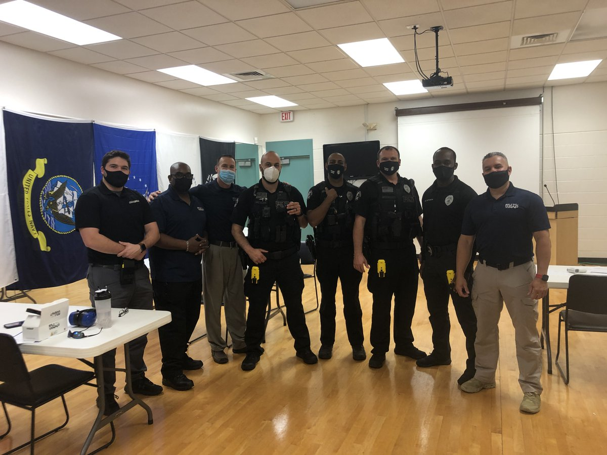 We had an excellent #BolaWrap training day with @DelrayBeachPD yesterday! Great to see the BolaWrap #OnTheBelt of these officers.