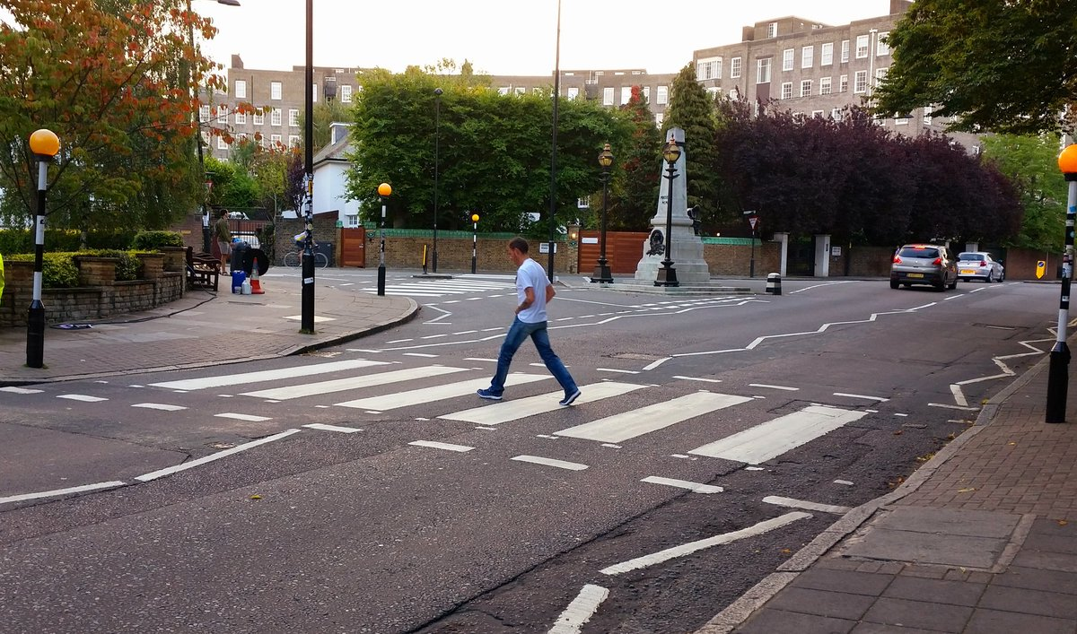 One Sunday morning in NW8 #London #AbbeyRoad #TheBeatles  ✌🎸☮💜