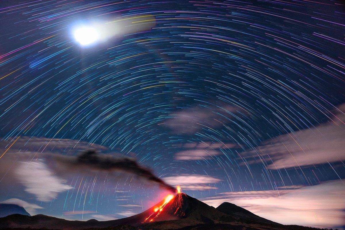 Miren este Moon Trail de Omar Veliz-Chavez con el Pacaya.  Su página 👉🏻
