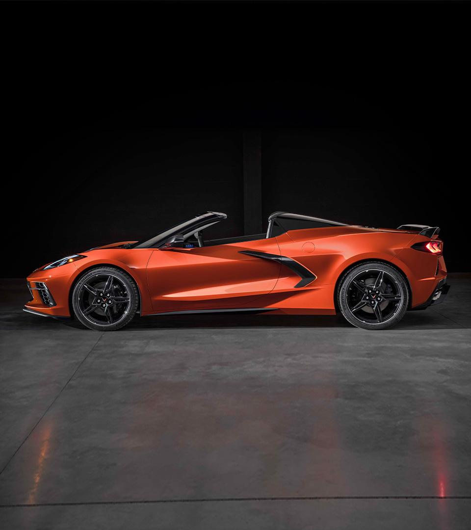 ¡@ChevroletMexico anuncia la llegada del nuevo Corvette Stingray Convertible 2021! Este icónico deportivo es el primero con techo rígido que se guarda y despliega automáticamente, aún en movimiento. Conoce todos los detalles aquí: https://t.co/SjI2MIIrHy https://t.co/5CLiX1fdgy