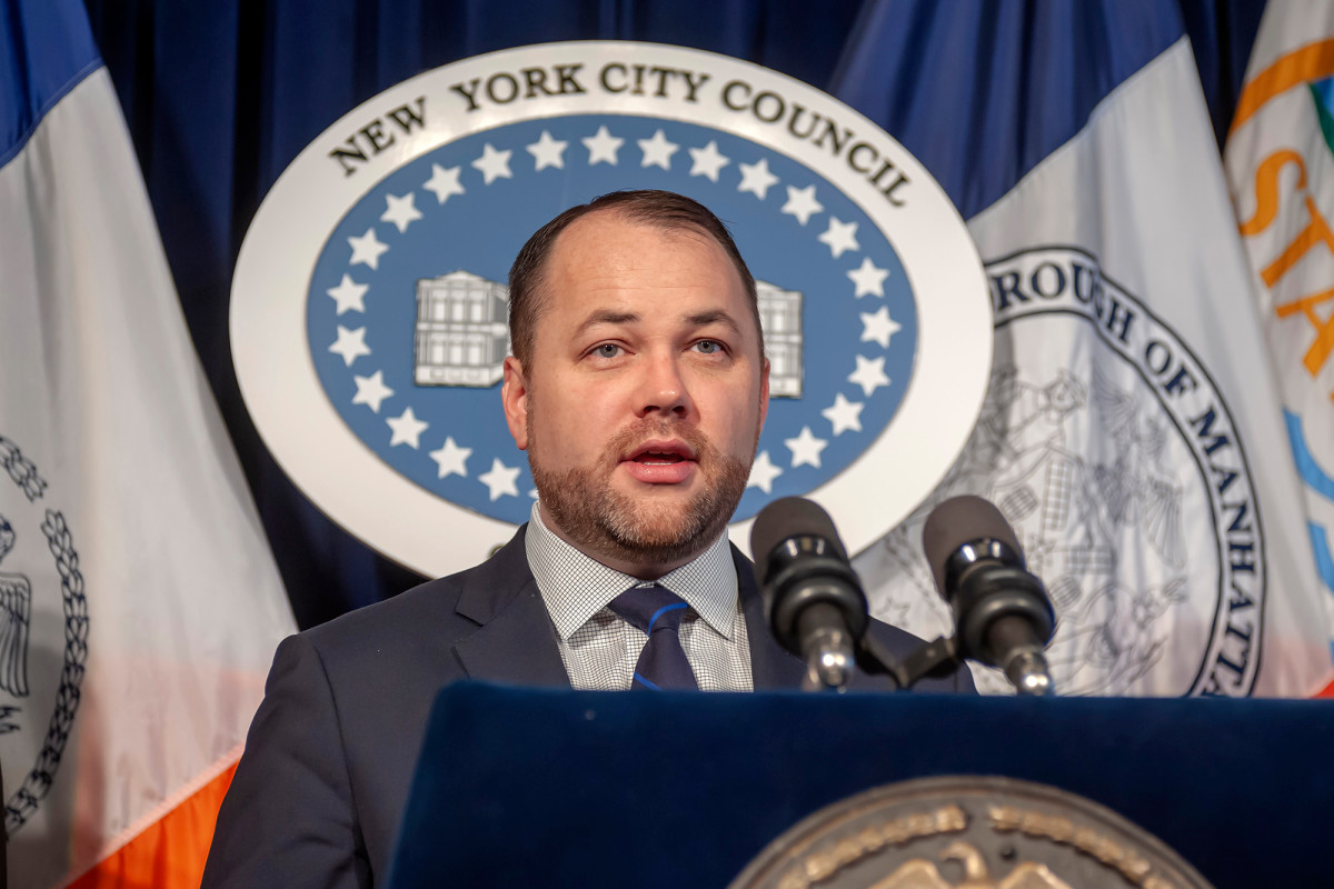 RT @nypmetro: City Hall: Corey Johnson's zoning overhaul would be too complicated, costly https://t.co/g5852gbE1w https://t.co/pufC2tdIGO