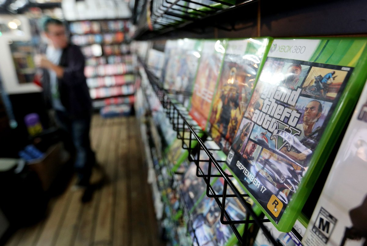 Illinois rep. wants to ban 'all violent video games' to curb violence