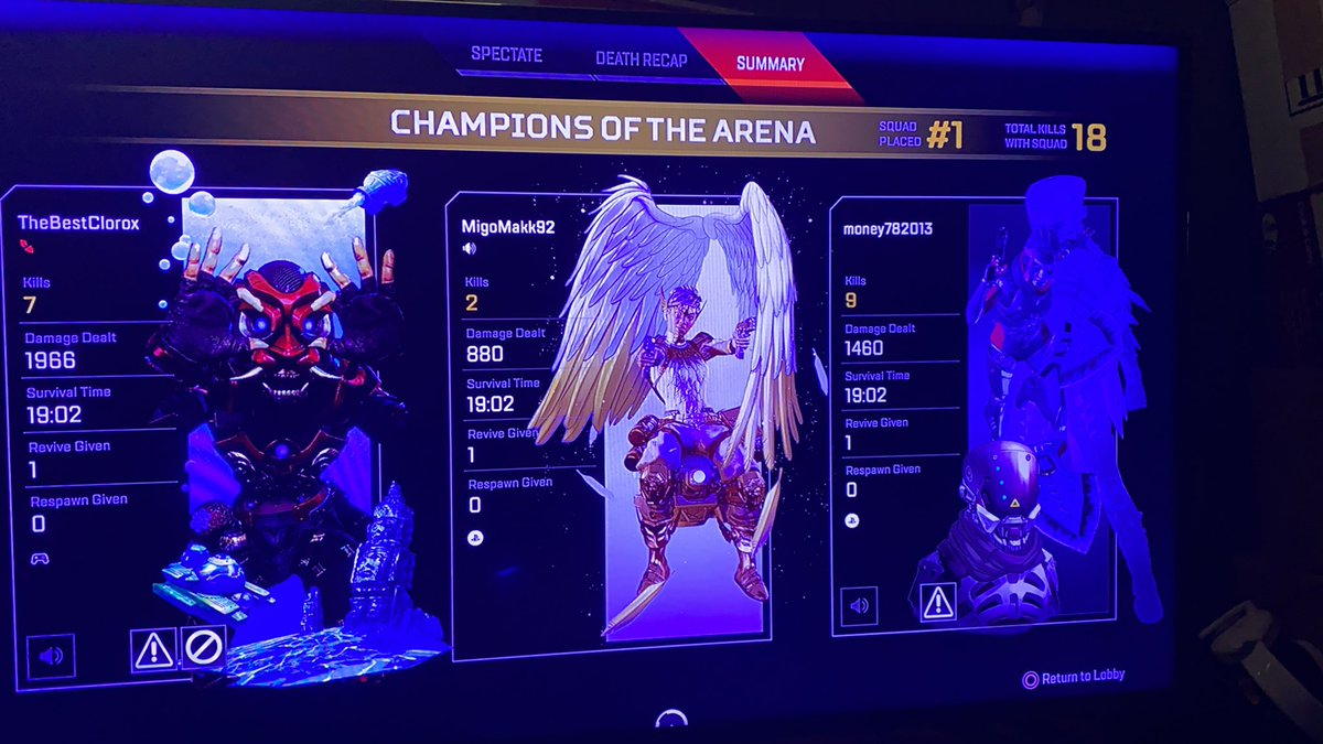 We won back to back & as you can see I'm the weakest of the squad 😭😭😭 #Apexlegends #backtoback