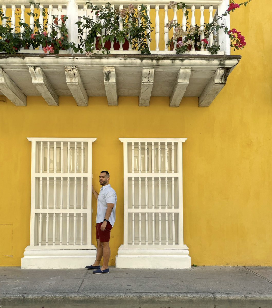 And it was all yellow 📒📒📒   #hellofrom  #cartagena  #yellow  #sunday