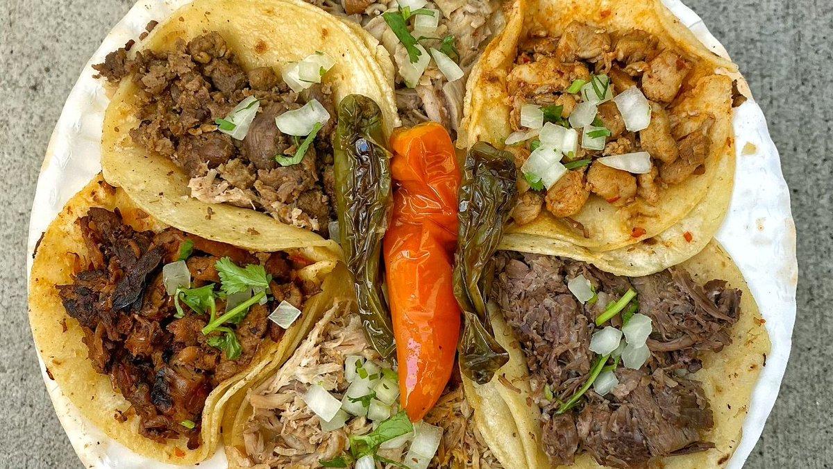 All I want to hear are three little words... I brought tacos. 🌮 🙌 ❤️  #TacosAllDay  #TaqueriaHoy #Open24Hours #Authentic #OrangeCounty #Taqueria #Taco #TheOC #Burrito #AlPastor #MexIcanAmerican #Jalisco #Arandas #Dtsa #SantaAna #Orange #Anaheim #Tustin #Lunch #Dinner #SmileHoy https://t.co/XMsLxZPUJh