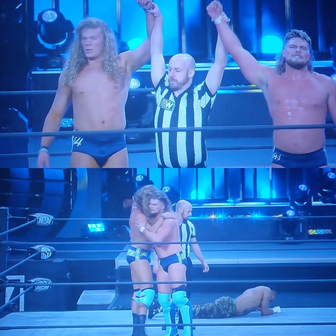 Blondes in the front, TAKE THAT JACK! #VarsityBlonds WON, @FlyinBrianJr & @griffgarrison1 Can I get an honorable follow back? I knew they win! #AEWDark #SoDreamy #DontMessWithTheBlonds