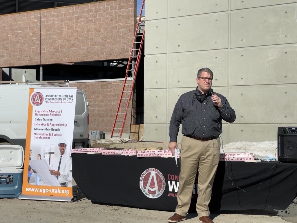 Yesterday was an exciting day for the #Utah #Construction industry. Members of @AGCofUtah gathered together at the 'Topping Off' celebration for the association's new Training Center in Salt Lake City. #WeBuildUtah #ConstructionCareers #ConstructionEducation https://t.co/rlPGtHdTIT