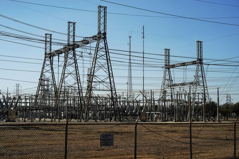 Replying to @Reuters: Top executives of Texas electric grid resign after storm failure