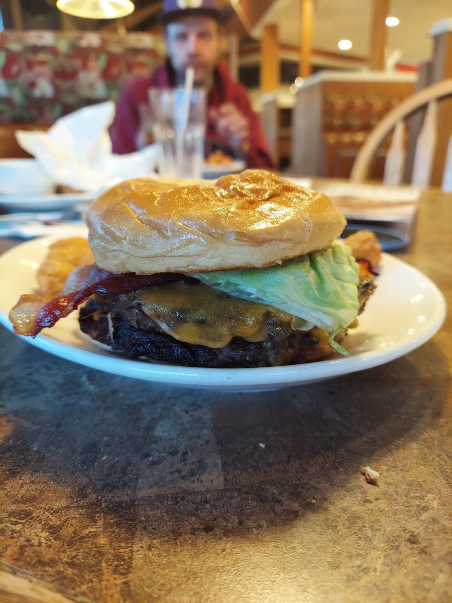 This was one of the best burgers ever (ignore my dad in the background)