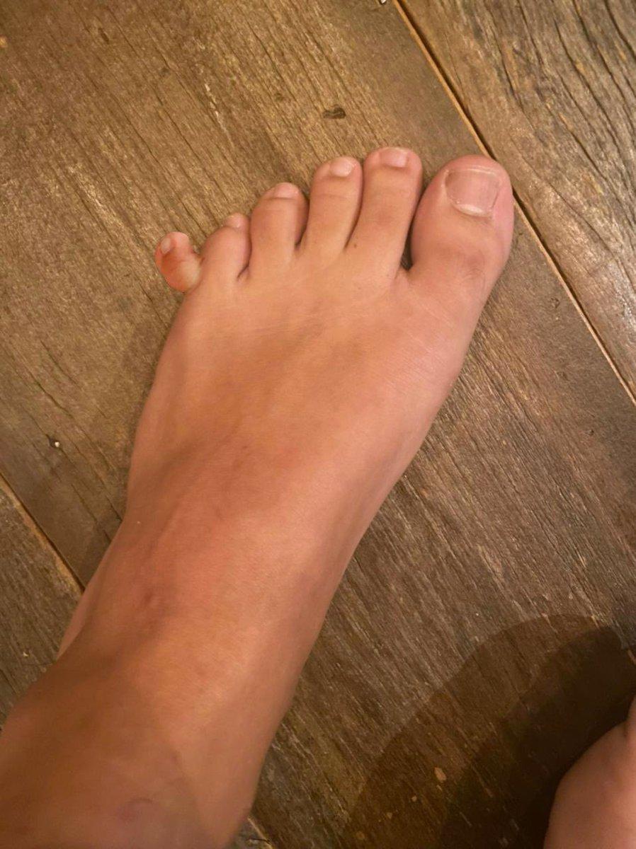 muita gente duvidou e como eu sou um homem de palavra, aí a foto do meu pé 👀