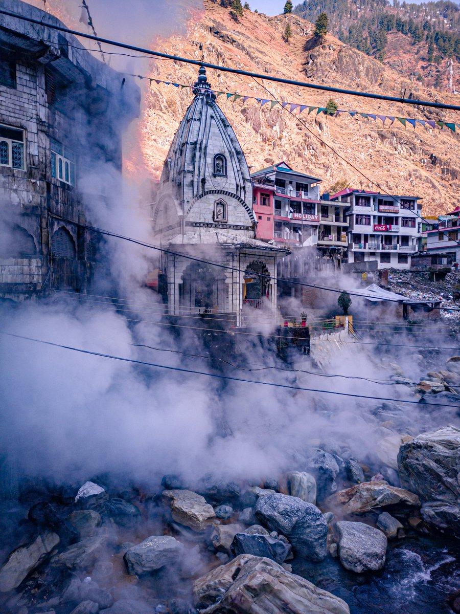 ੴ🙏 . . . . . . . #manikaran #kasol #manali #himachal #himachalpradesh #kullu #himalayas #parvativalley #kheerganga #shimla #kullumanali #travel #kasoldiaries #mountains #india #himachaldiaries #tosh #himachalpictures #travelphotography #dharamshala #himachaltourism #malana