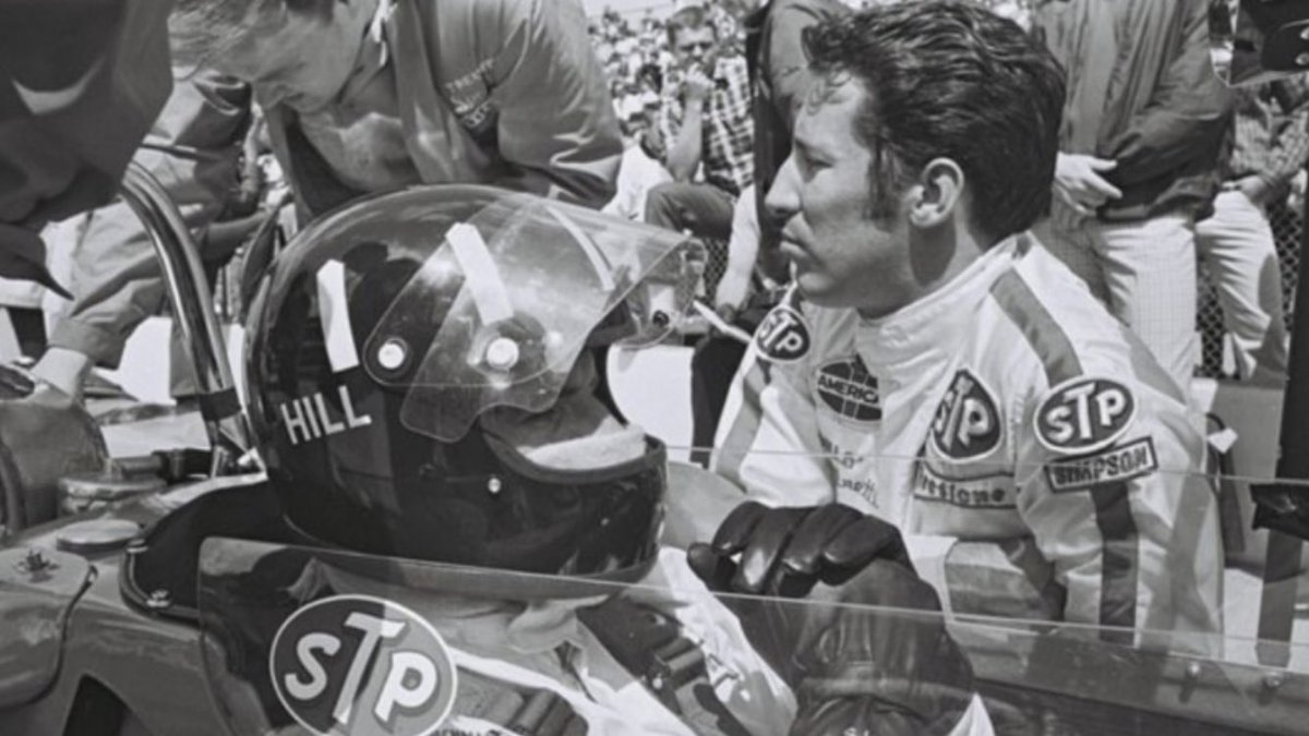 Oh boy! What a great photo. Hey @MarioAndretti Care to elaborate? #Indy #F1