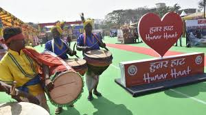 Ministry of Minority Affairs to organise Hunar Haat with the theme #VocalForLocal at Jawaharlal Nehru Stadium in New Delhi from 20th February, 2021 More than 600 artisans and craftsmen, from more than 31 States/UTs will be participating pib.gov.in/PressReleasePa…