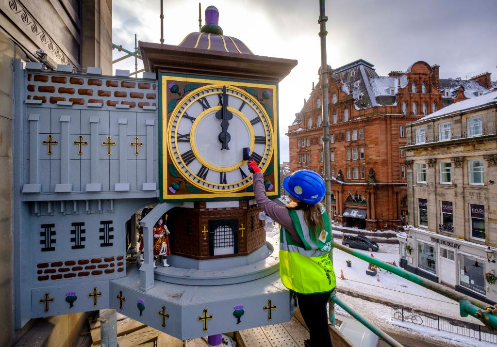 Just in time for Valentine's Day, we have restored the beautiful clock on the corner of our new home 🕰💘. As a popular meeting spot for locals for almost five decades, we look forward to carrying on the traditions of the clock following its handsome restoration.