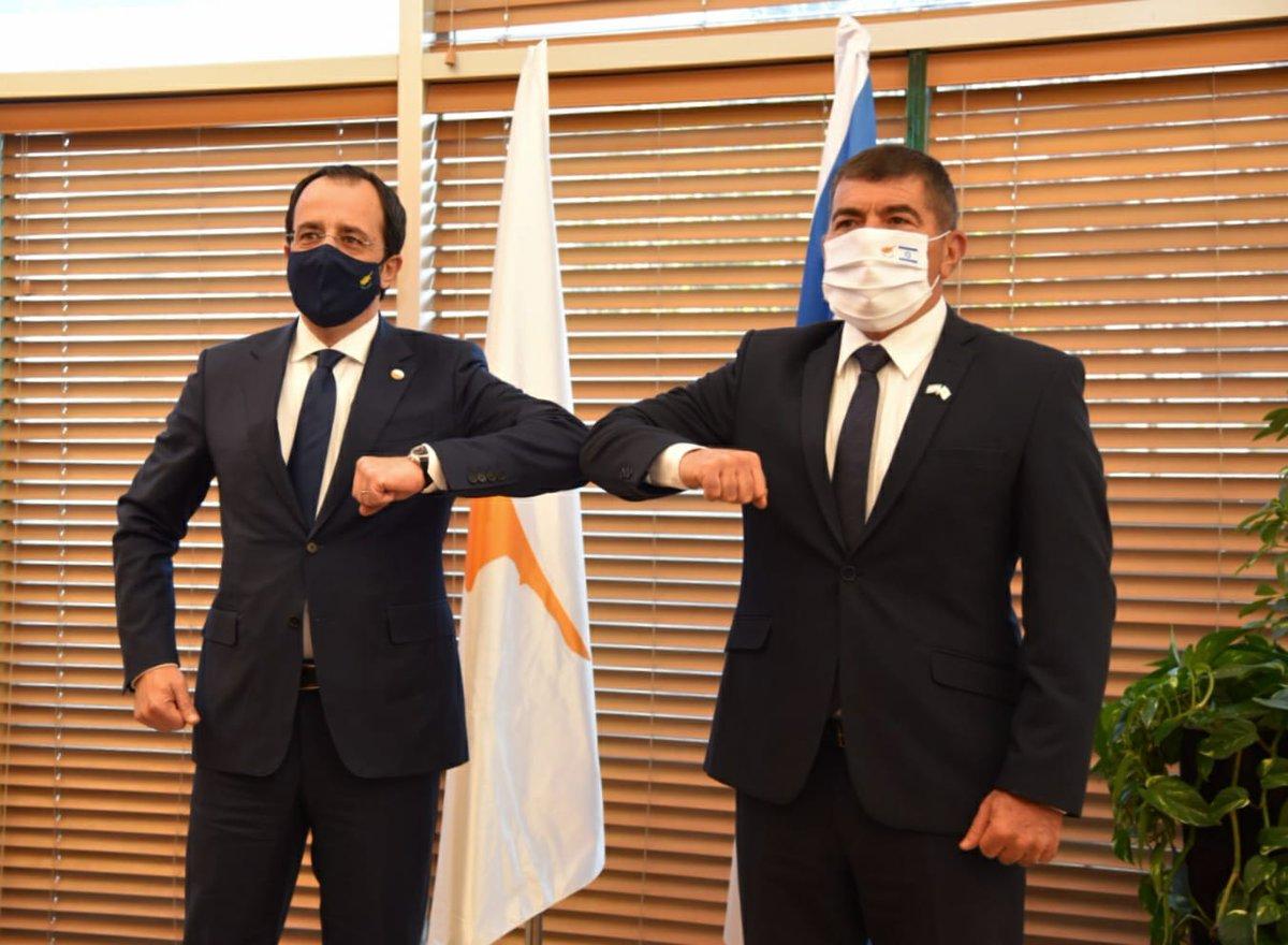 إسرائيل تغرد : استقبل اليوم وزير الخارجية اشكنازي نظيره #القبرصي: تطرقنا لقرار المحكمة الجنائية في لاهاي. #اسرائيل …