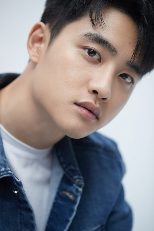 Doh Kyungsoo to play the Male Lead Role in the Korean Remake of Movie Secret, which was originally played by Jay Chou. Slated to start filming in the second half the year #도경수 #Kyungsoo n.news.naver.com/entertain/arti…